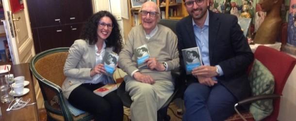 """""""Hoefer racconta Camilleri – Gli anni a Porto Empedocle"""", in libreria il 3 giugno"""