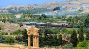 Turismo in Sicilia tra i binari della cultura, 3 itinerari suggestivi in treno storico