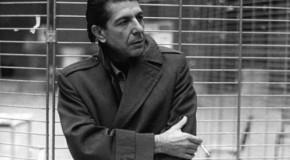 """Massimo Cotto racconta """"I famosi impermeabili blu"""""""